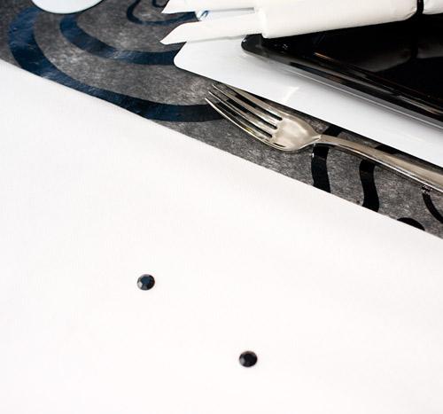 Détail de nappe et chemin de table