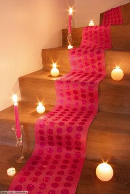 Chemin de table à pois pailletés pour votre décoration de mariage