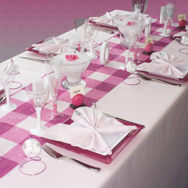 D coration de table de mariage amour toujours d coration - Nappes et serviettes de table ...