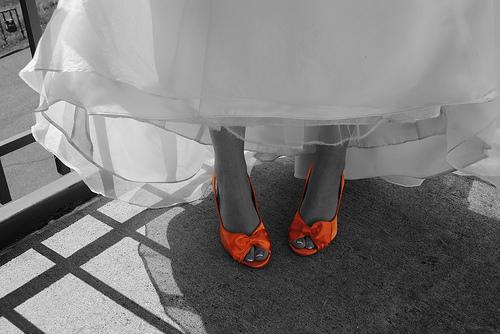 Tendance : des chaussures colorées pour la mariée !