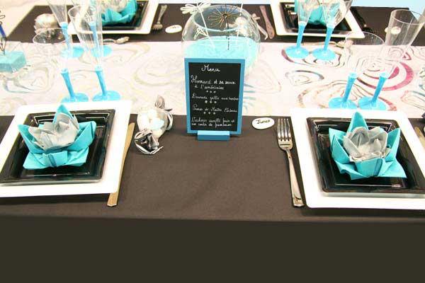 Décoration de table : turquoise, noir et blanc