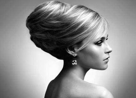 Des idées de coiffure pour un mariage chic et élégant