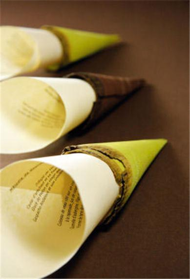 I-Grande-5671-4-cornets-en-bois-chocolat.net.jpg