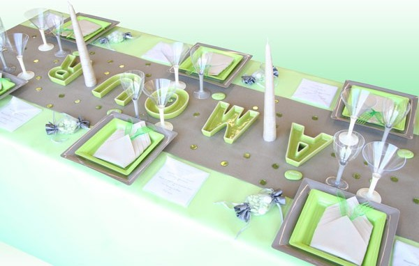table-amour-vert-anis-taupe 8426
