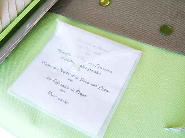 table-amour-vert-anis-taupe 8429