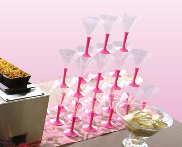 une table sp cial vin d 39 honneur pour votre mariage d coration f te mariage. Black Bedroom Furniture Sets. Home Design Ideas