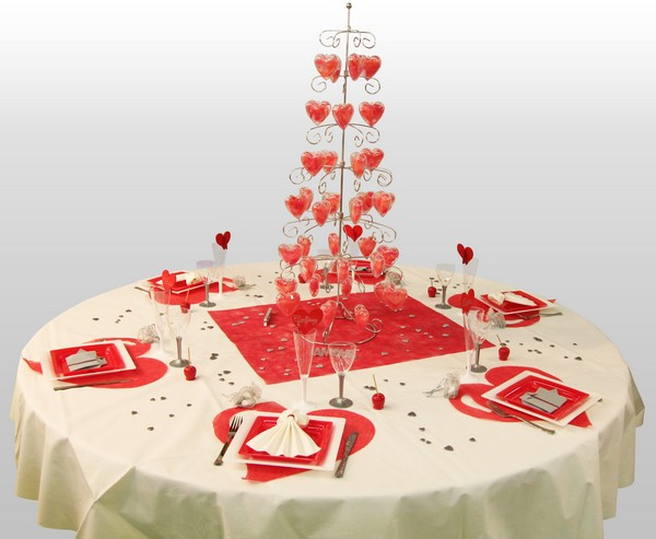 decoration de table rouge et gris. Black Bedroom Furniture Sets. Home Design Ideas