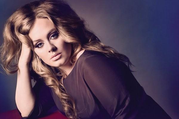Un mariage sur le thème des années 50 pour Adele