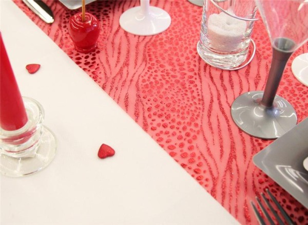 1 Chemin de table Léopard, rouge