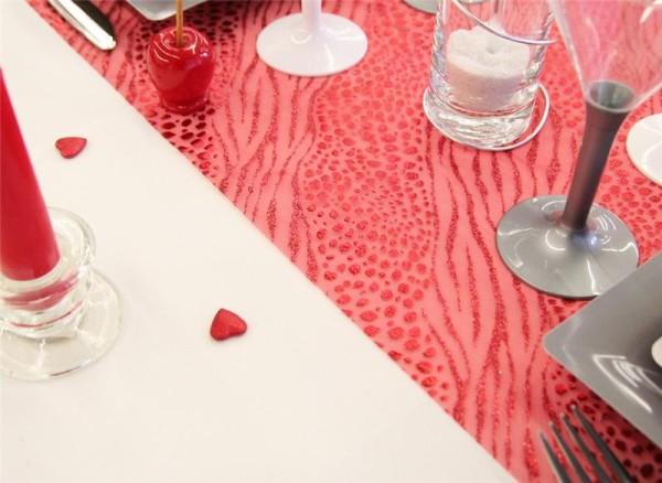1 Chemin de table Léopard, rouge