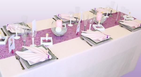 Chemin de table, cercles pailletés, violet