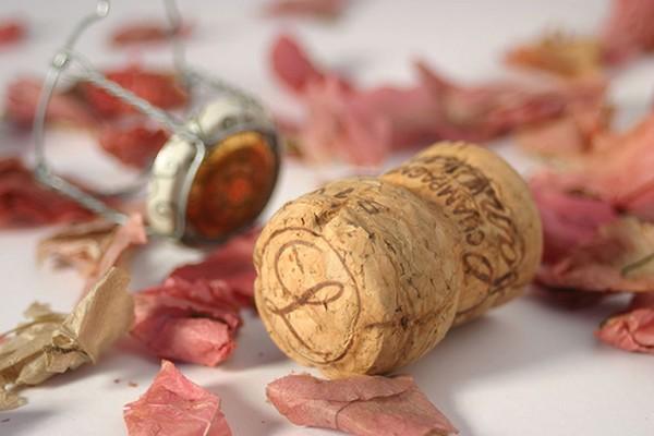Des conseils pour choisir le champagne de votre mariage