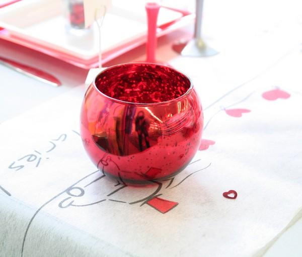 Décoration de table de mariage rouge & cœurs