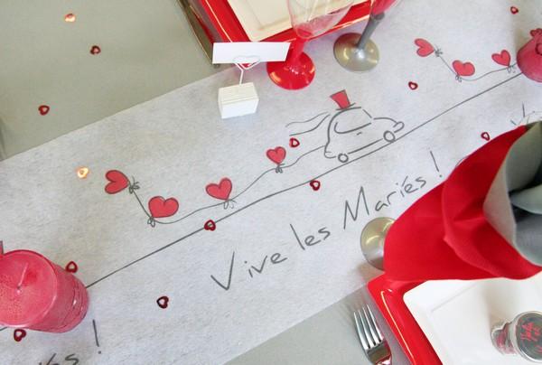 D coration de table de mariage rouge c urs for Decoration de table rouge et blanc