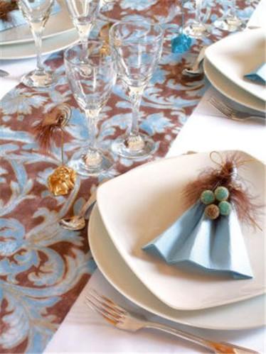 I-Grande-2944-1-chemin-de-table-renaissance-chocolat.net.jpg