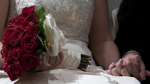 Mariage rouge passion : les fleurs