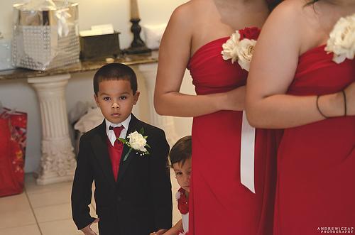 Mariage rouge passion : les demoiselles d'honneur
