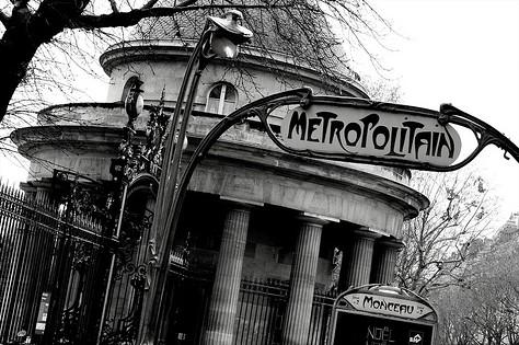 Idée de thème : Sous le ciel de Paris