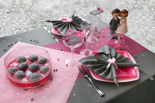 Thème pour votre mariage : La Vie en Rose ! Décoration de table