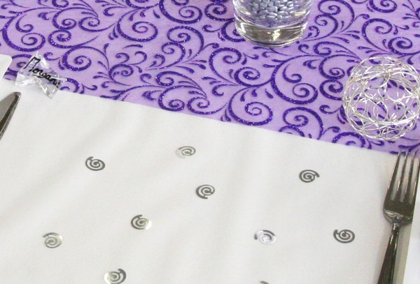 Nappe et chemin de table